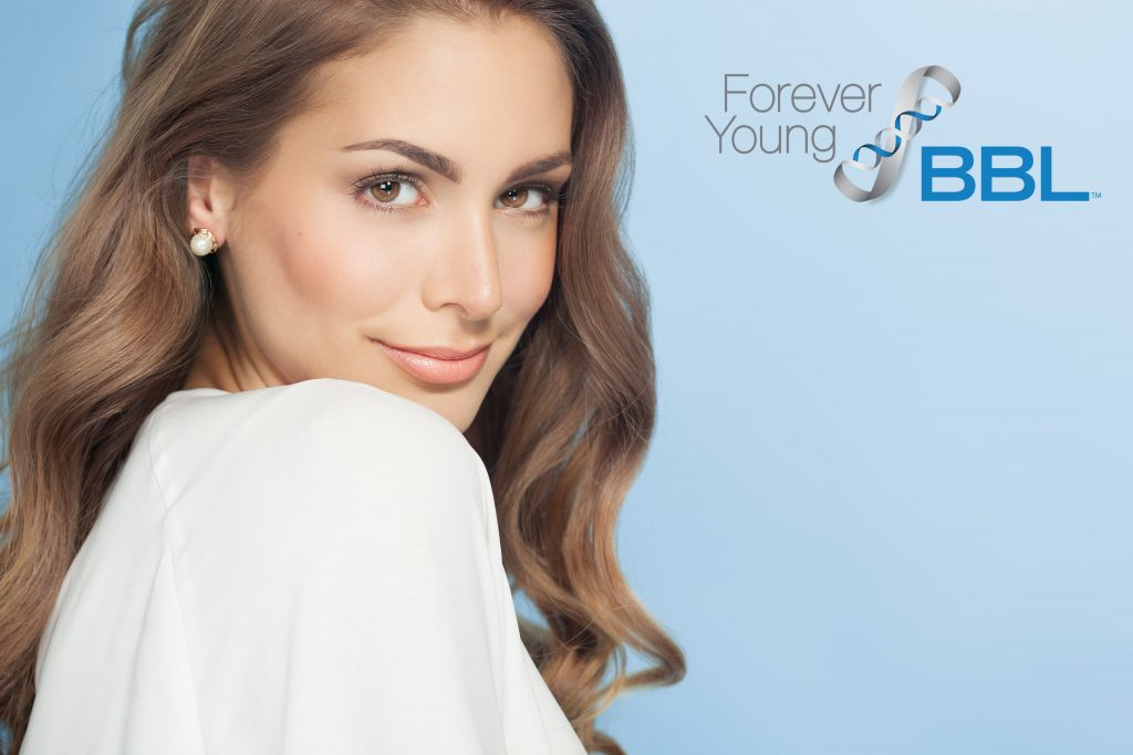 ForeverYoung Woman